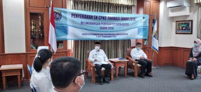 PENYERAHAN SK CPNS FORMASI TAHUN 2019  DI LINGKUNGAN PEMERINTAH KOTA DEPOK